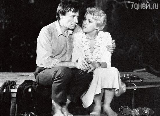 С Андреем Мироновым в фильме «Блондинка за углом», 1984 год