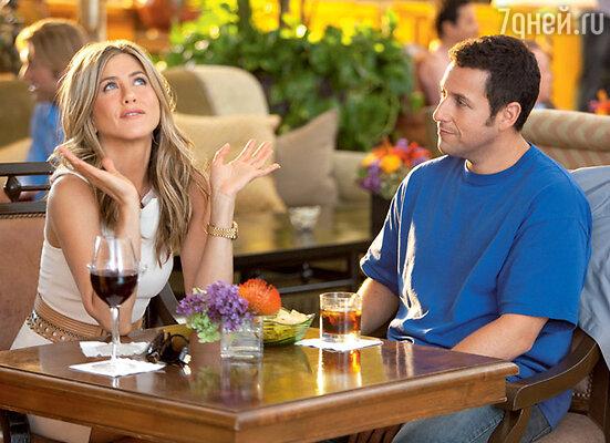 С Адамом Сэндлером в новой комедии «Притворись моей женой»