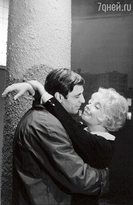 С Александром Лазаревым в фильме «Еще раз про любовь». 1968 г.