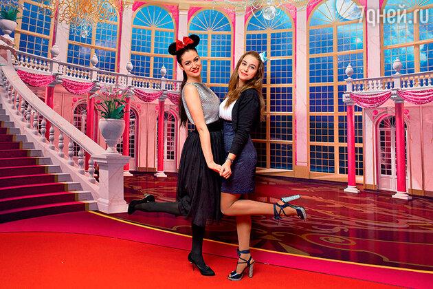 Анна Ковальчук с дочерью Златой
