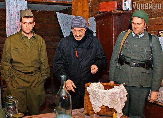 На роль водителя для главного героя режиссер выбрал, по совету Дмитрия Нагиева, его сына Кирилла, студента третьего курса СПбГАТИ