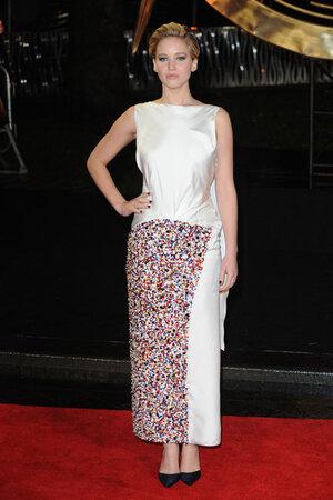 Дженнифер Лоуренс (Jennifer Lawrence) в платье Christian Dior