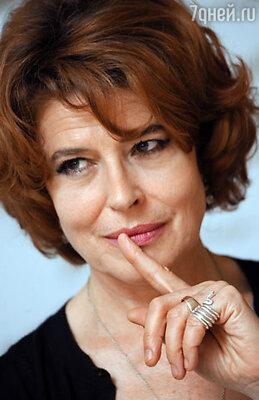 В Москву прилетела знаменитая французская кинозвезда Фанни Ардан