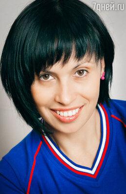 Ольга Кочетова - инструктор, фитнес-менеджер: «Записываясь на  уроки Zumba  в фитнес-клуб или танцевальную студию, убедитесь, что тренеры прошли лицензионное обучение и получили сертификат компании Zumba Fitness»