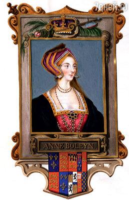 ...и его жена Анна Болейн (она теперь является в виде дамы в голубом сголовой под мышкой)