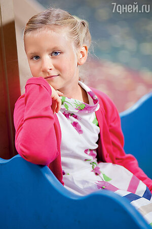 Анфиса, дочь Дмитрия Марьянова и Ксении