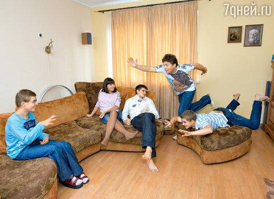 «Когда все дети приезжают— устраиваем длительные обеды и долгие разговоры. Жаль, случается это теперь не так часто»