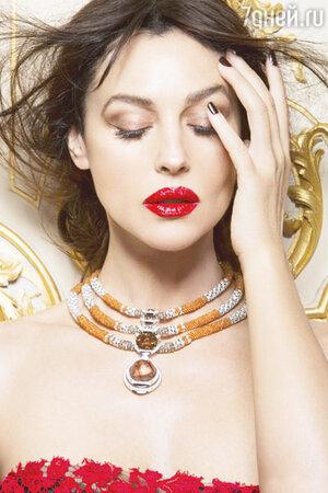 Моника Беллуччи (Monica Bellucci) стала героиней нового ноябрьского номера журнала Prestige Hong Kong