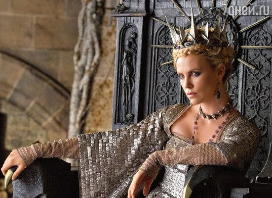 Шарлиз Терон, снявшаяся вроли королевы в«Белоснежке и охотнике», на съемках сквернословила, как грузчик