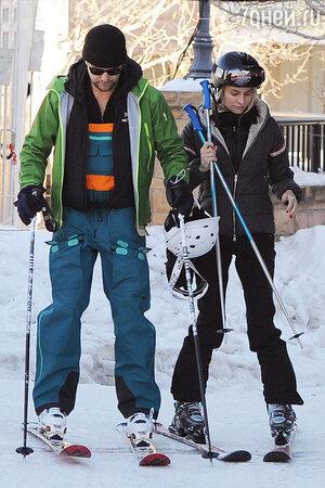 Диана Крюгер и Джошуа Джексон катаются на лыжах