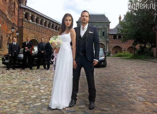 Алексей Чадов: «Ярешил прийти насвою свадьбу вкостюме, вкотором ужесыграл жениха в кино, — хорошаяпримета»