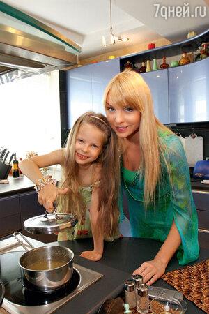 Варвара с дочерью