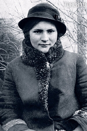 Мама  Родиона Нахапетова