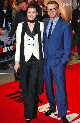 Режиссер картины, Макджи, пришел на премьеру с актрисой Бриджит Мойнахан.