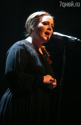 Адель стала самой популярной английской певицей, в 2008 году она получила несколько наград «Грэмми»