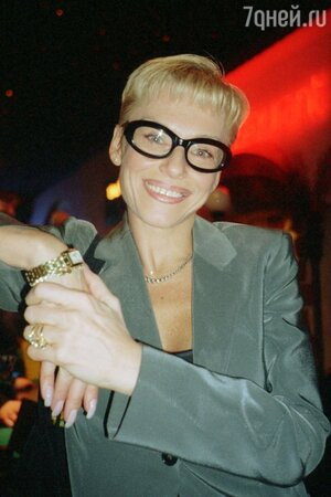Ирина Понаровская блондинка