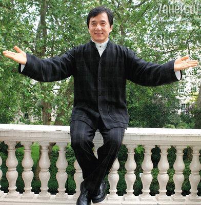 Джеки Чан готовится к бою