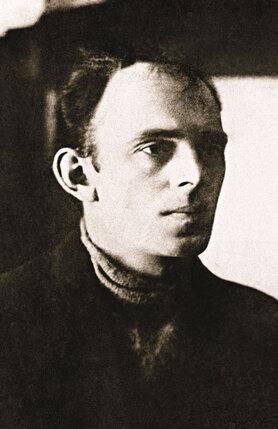 Идеалиста Мандельштама погубила пощечина, которую он, вступившись за жену, дал всесильному «красному графу» и любимцу Сталина прозаику Алексею Толстому. Поэта вскоре арестовали