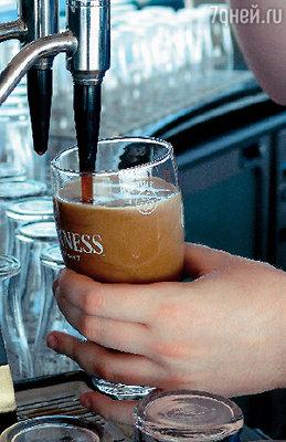 � ������� �������� � 2000 ���� Guinness Storehouse ��� ��������� ����-�������� ����� ������������� � 1� � ��������. 350 ��� ���� ������������ � ����� ����������, 40 ��� ���� ������� � ������������ ������������ ���������, ������� �������������� � 50 ����� ����, ��� ����� ���������� ������. 10 ��� �������� ���������� � ���� ���������.