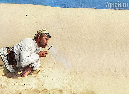 Анатолий Кузнецов в роли красноармейца Сухова в фильме «Белое солнце пустыни», 1970 г.