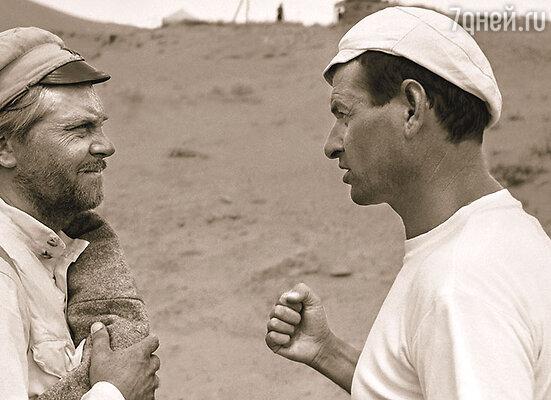 Режиссер фильма В. Мотыль был уверен, что роль Сухова  может сыграть только Кузнецов