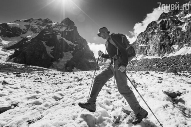 Горы Большого Кавказа остаются любимым местом горнолыжников и альпинистов