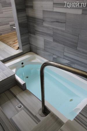 В Цхалтубо воды богаты азотом и радоном, их применяют для ванн и даже ингаляций