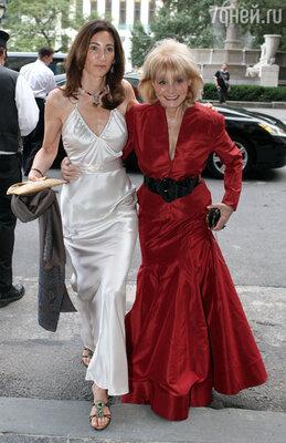 Однажды осенью 2008 года, чтобы как-то отвлечься, Нэнси пошла со своей тетей, Барбарой Уолтер на спектакль в «Метрополитен-опера»