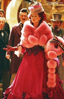 В «Призраке Оперы» сэр Эндрю Ллойд Уэббер специально для Минни сочинил песню. Кадр из фильма