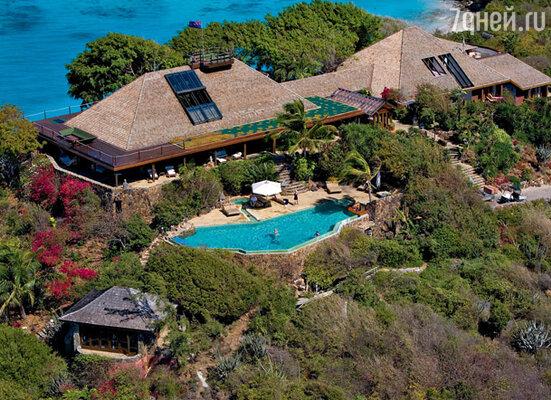 Ричард Брэнсон предложил жениху и невесте провести медовый месяц на его личном острове