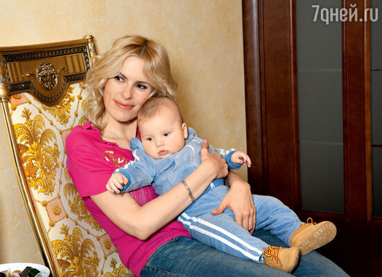 «Мы выбирали имя для сына вместе с Амели. Помню, она сказала: «Будет Арсений Маратович». Пришлось объяснить, почему Арсений будет Сергеевичем»