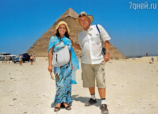 С женой Аллой на отдыхе в Египте. 2007 г.