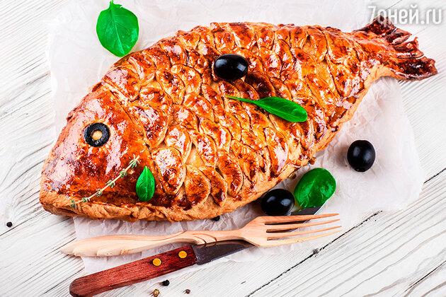 Пирог с карпом, тунцом и сардиной: 4 вкусных рыбных блюда