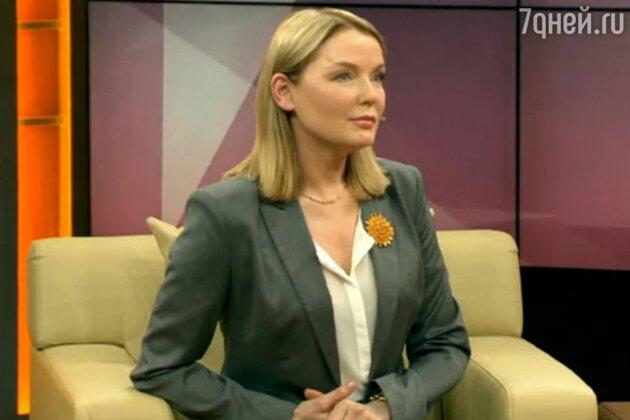 Лариса Вербицкая в программе «Наедине со всеми» с Юлией Меньшовой