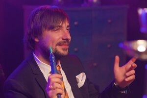 ВИДЕО:Евгений Цыганов устроил сцену ревности на корпоративе