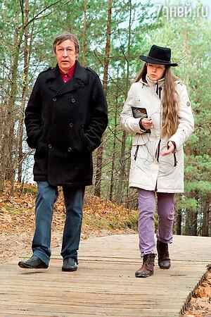 Михаил Ефремов со старшей дочкой Анной-Марией