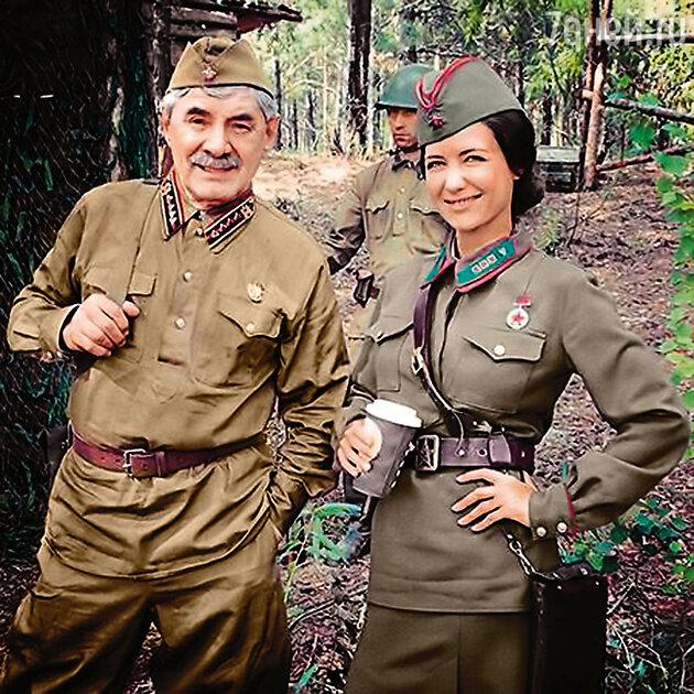 Екатерина Климова и Александр Панкратов-Черный на съемках картины «По законам военного времени»