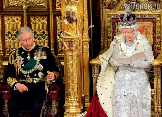 Принц Чарльз в ожидании трона ужедавно побил европейский рекорд. Ему65лет, из них62 Чарльз— официальный наследник престола