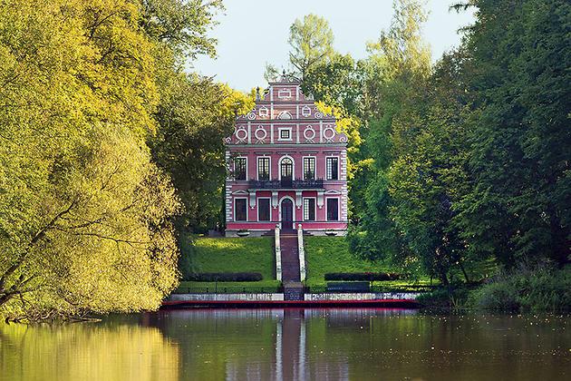 «Голландский домик» в усадьбе Вороново Подольского района Московской области