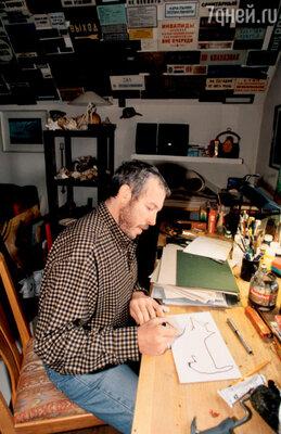 «Жалею, что у меня не было ни одной совместной художественной выставки с отцом. Он был архитектором ивеликолепным рисовальщиком»