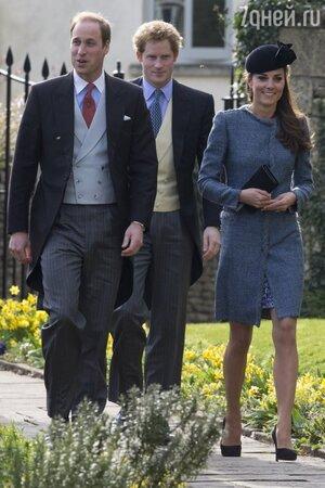 Кейт Миддлтон, принц Уильям и принц Гарри стали гостями свадебной церемонии своих близких друзей