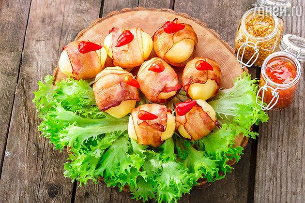 Тарталетки с беконом и картофелем