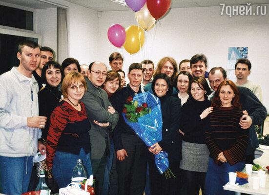 Артем (на фото в центре) просил меня забыть его, настаивал: «Только ничего сама не предпринимай »