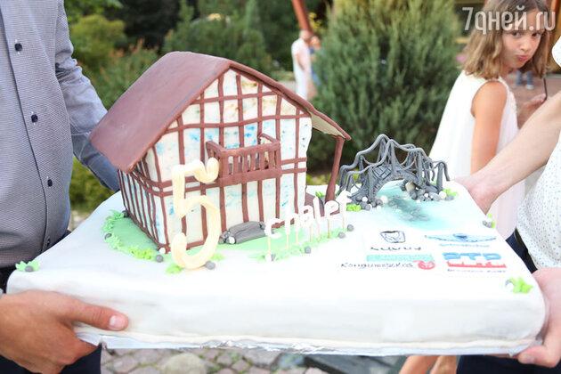 Торт от «Кондитерская.ру»