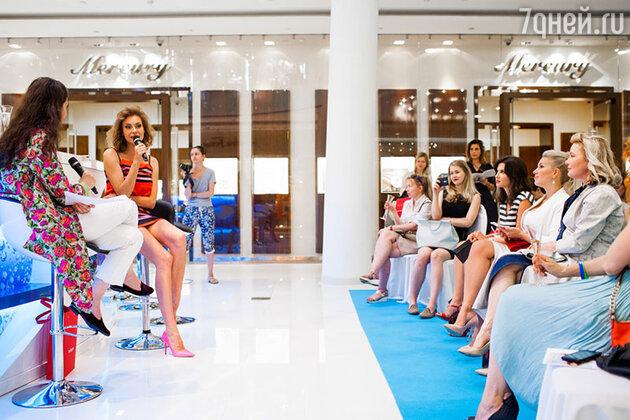 Любовь Толкалина на Open Talk, посвященного модным тенденциям летнего сезона и пляжной моде
