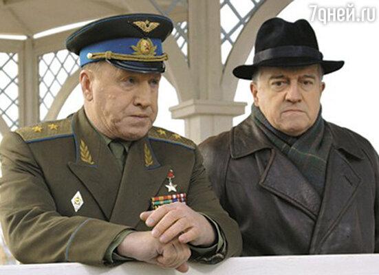 Академик Сергей Королев — Михаил Филиппов (справа)