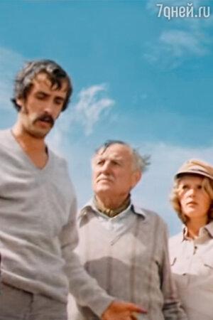 Лембит Ульфсак, Николай Крюков и Марианна Вертинская в фильме «Смерть под парусом». 1976 г.