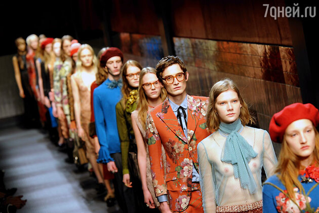 Модели показа Gucci
