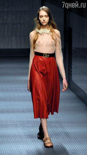 Модель показа Gucci