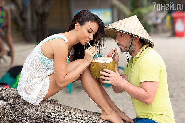 Михаил Галсутян  с супругой Викторией на Бали